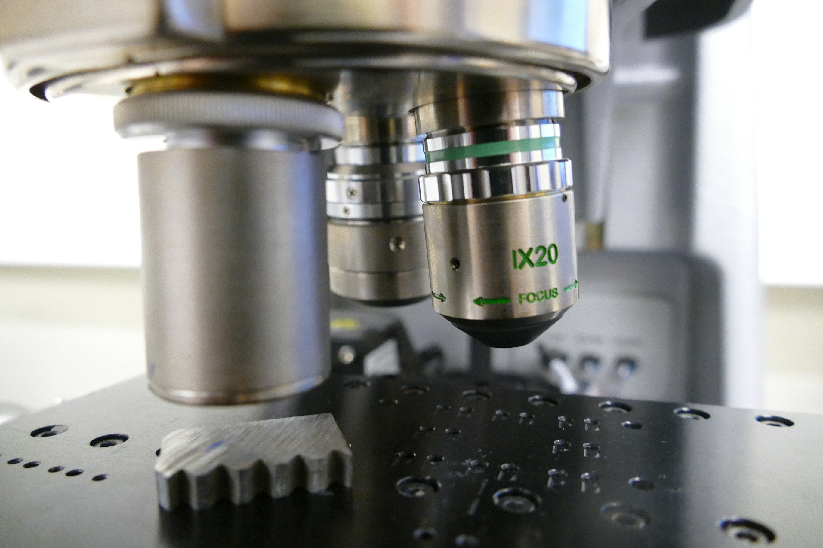 Materials characterisation using optical profilometry